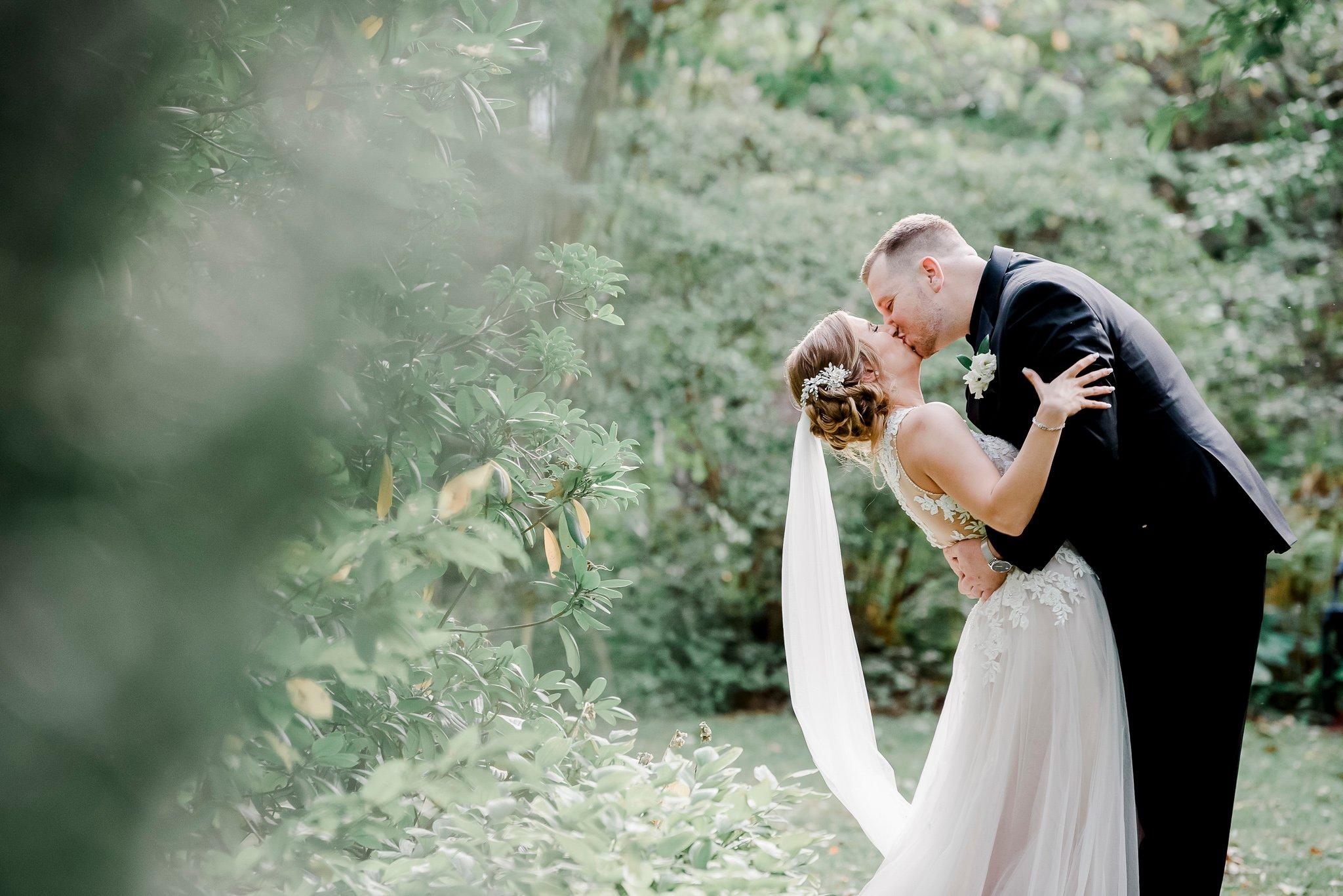 Islip Grange Park Wedding Photos-7