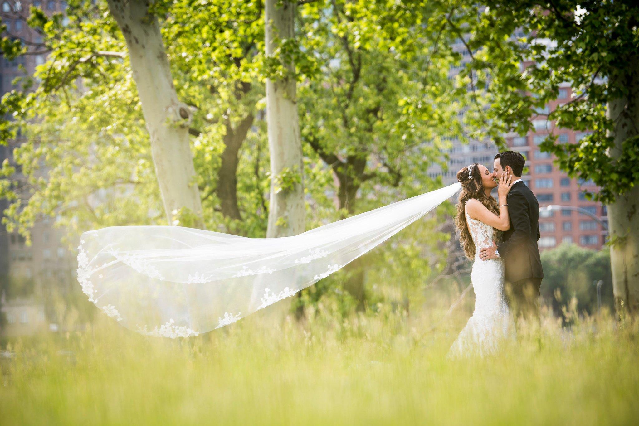 Roosevelt Island Park Wedding Photos-13
