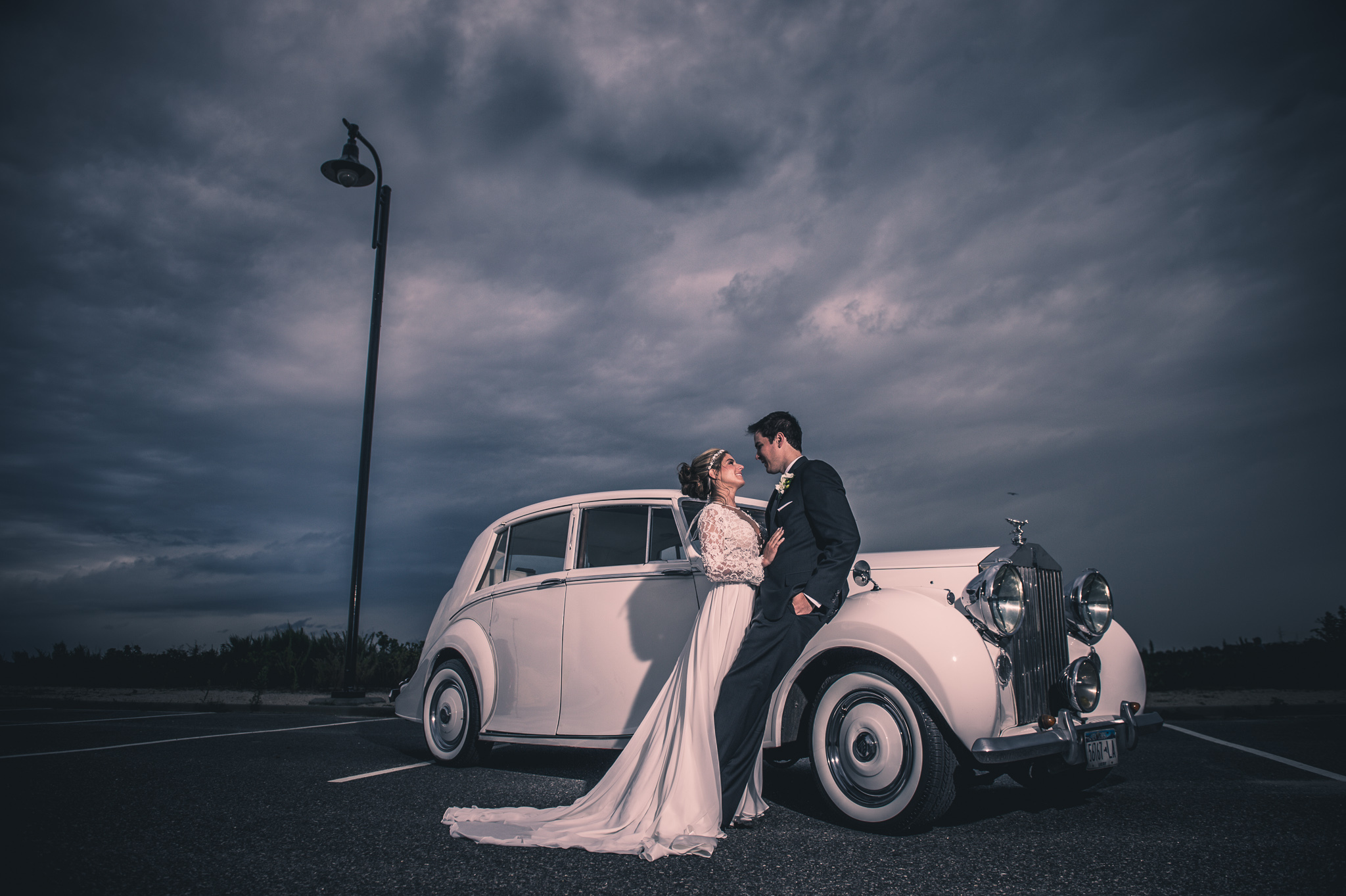 Roll Royce and Couple at Carle Place | Lotus Wedding Photography