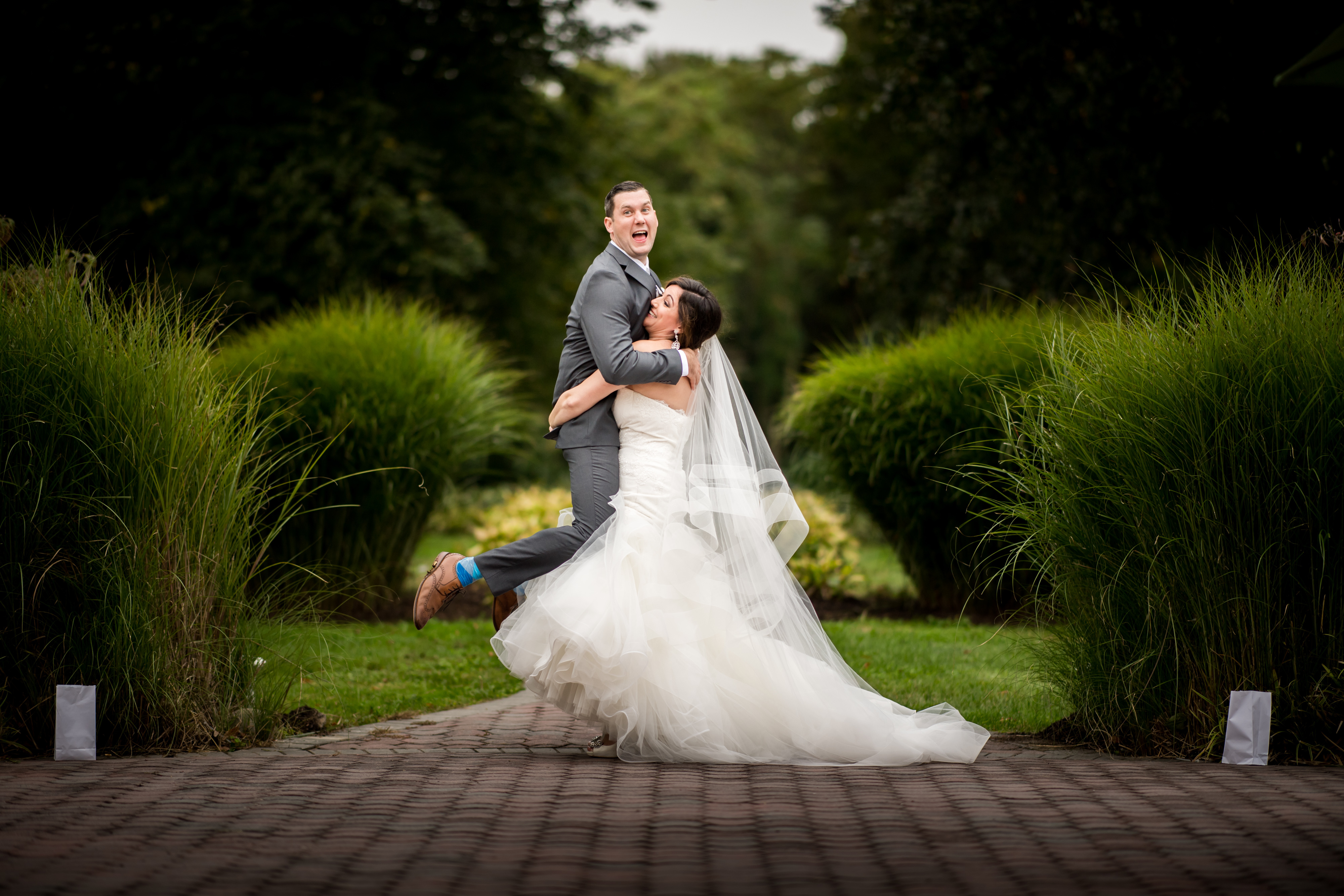 Funny Mansion at Oyster Bay Wedding Photos