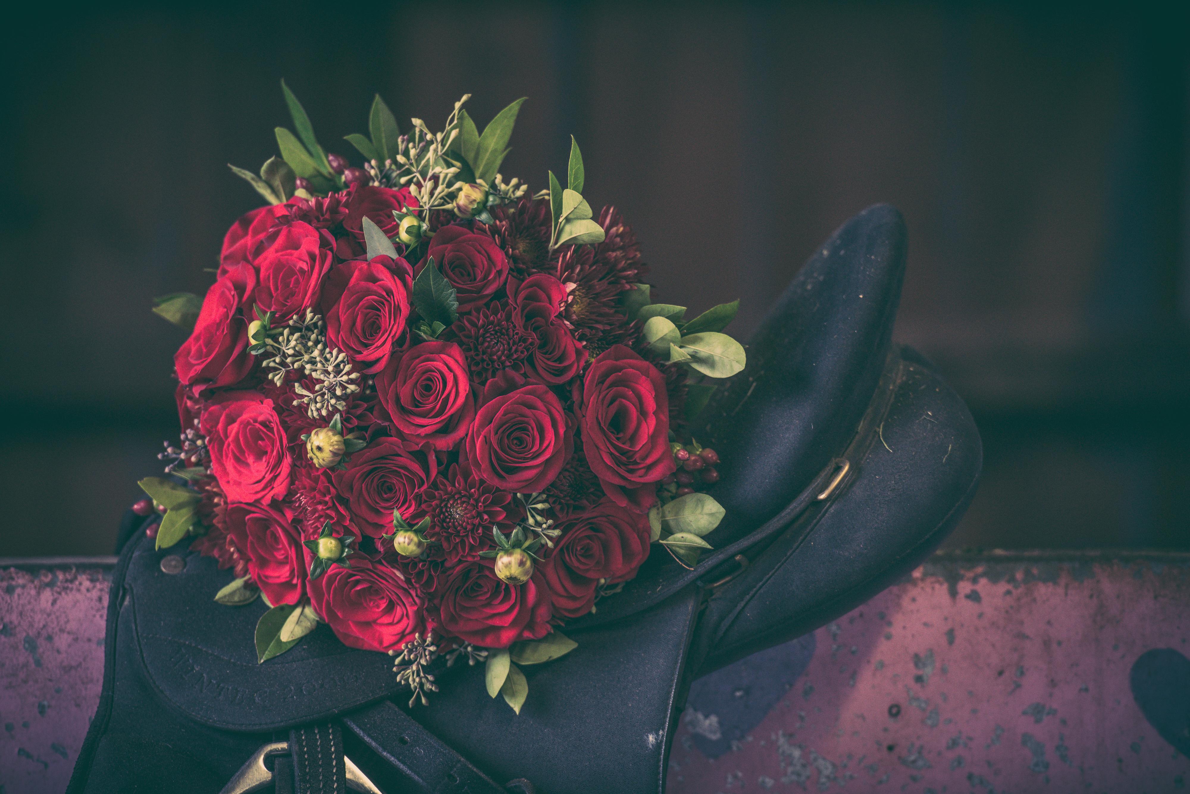 Bouquet on Horse's Saddle | Lotus Wedding Photography
